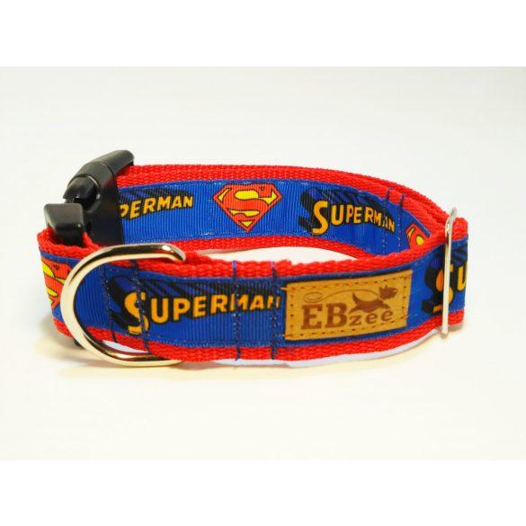 Superman mintás nyakörv